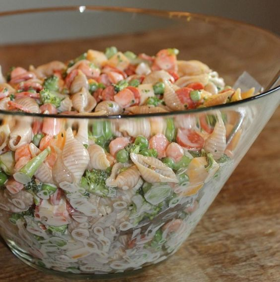 Ensalada de pasta cremosa   Recetas faciles, Videos de Cocina   SaborContinental.com