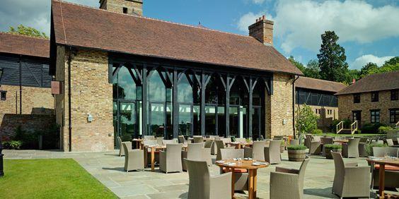Bars Windsor Great Park Coworth Barn Bar Ascot Luxury Hotel Berkshire 人民路大堂吧 Pinterest Barns Hotels And