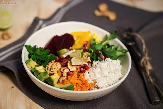 Super Food Bowl mit Reis, Rezept Super Food Bowl, gesundes Reis Rezept, Reis Avocado. Veganes Essen, Veganes Gericht,