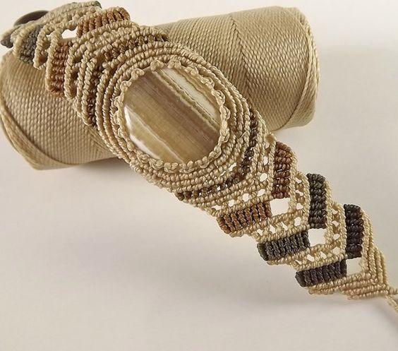 Macrame bracelet Yellow Agate by neferknots on Etsy, $65.00