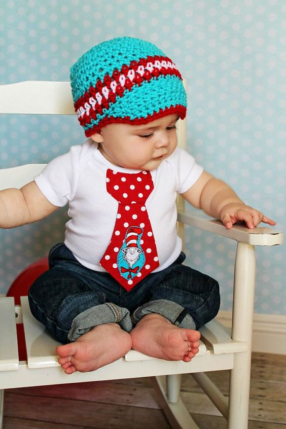 baby boy tie one piece bodysuit and crochet hat set cat and the hat dr seuss photo prop. Black Bedroom Furniture Sets. Home Design Ideas