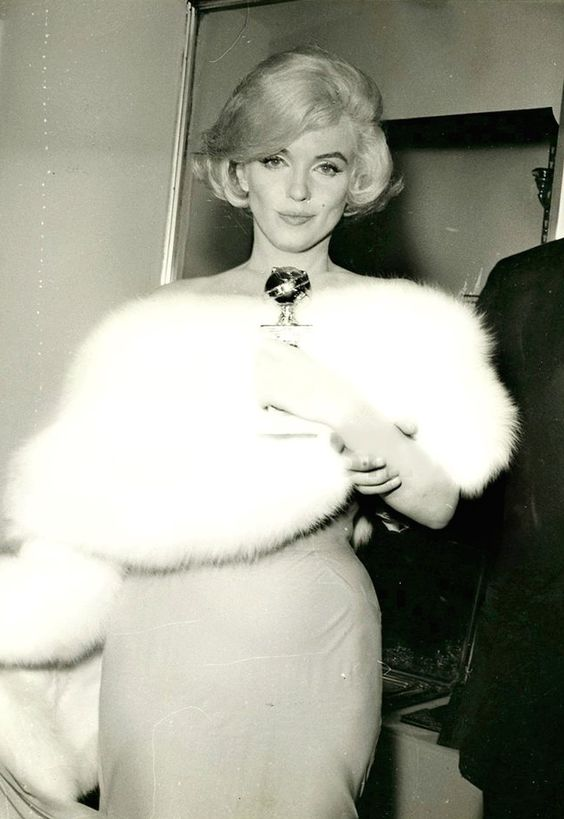 MARILYN AT THE GOLDEN GLOBES