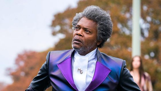 Rotten Tomatoes reviews may affect the box office performance of Glass.
