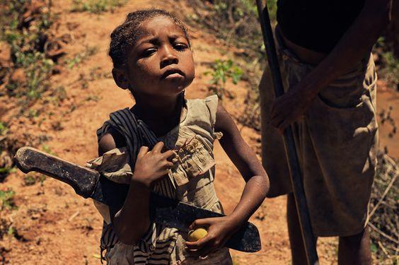 Madagascar, la fille à la machette by F.R Durand