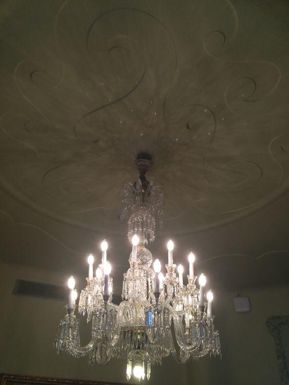 Chandelier and beautiful ceiling. Casa mila, la pedrera.