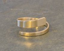 Elegant , moder and simple  ring