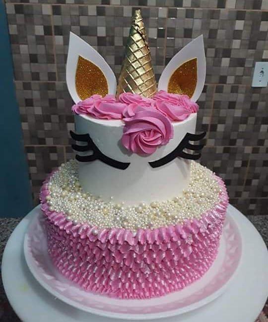 Bolo Unicornio Em Chantilly Debora Andrade Cake S Debora