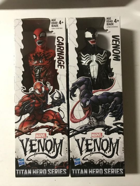 Carnage Venom Titan Hero Series Action Figure