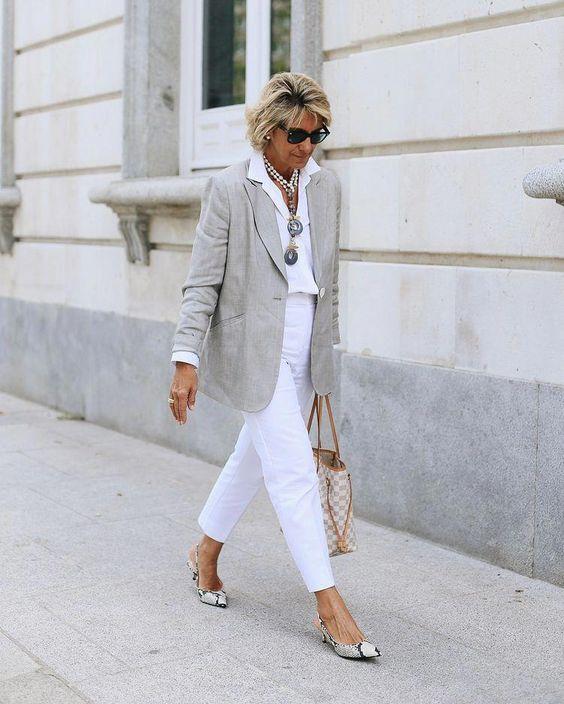 summer fashion for women over 50 website #women'sfashionover50mom