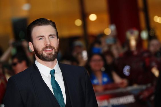 Donald Trump slammed by Chris Evans for the climatic tweet.