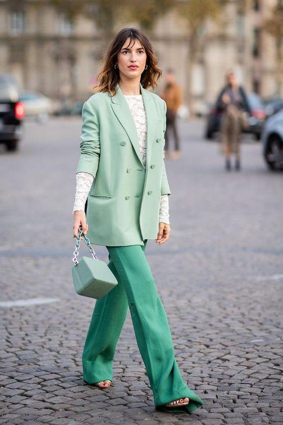 Green fashion trend: Jeanne Damas wears mint green blazer and bag