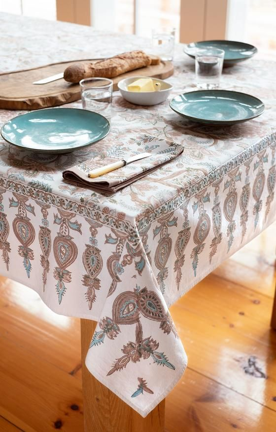 Table Linens Tablecloths Napkins Anokhi Usa In 2020 Table