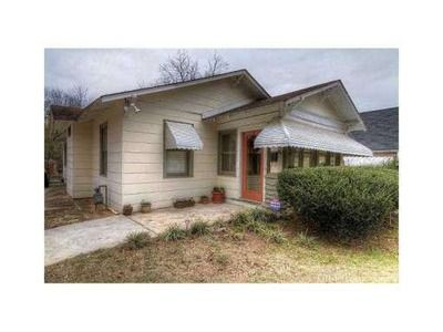 1042 Victory Dr SW, Atlanta, GA 30310 #real estate See all of Rhonda Duffy's 600+ listings and what you need to know to buy and sell real estate at http://www.DuffyRealtyofAtlanta.com