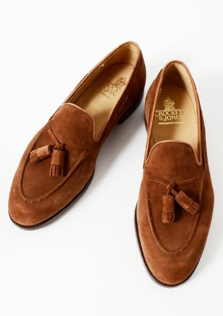 brown seude tassel loafer
