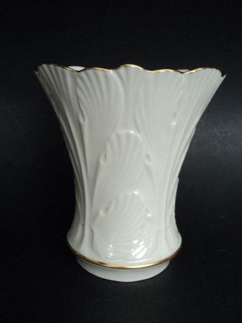 Lenox China 5 1 2 Vase Made In Usa Ivory Porcelain Gold Trim Embossed Leaf Lenox China Gold Trim Vase