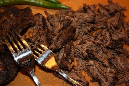MACHACA (shredded dried beef) ~~~ recipe gateway: this post's link AND http://www.texascooking.com/features/jan2002beefmachaca.htm [Mexico, Sonora] [spectacularlydelicious]