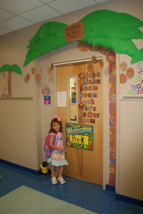 Idea for doorway~ safari/jungle theme.