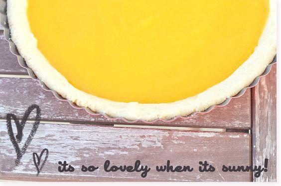 Schoko-Mango-Tarte: http://sarahskrisenherd.blogspot.com.es/2013/03/die-sonne-geht-auf-schoko-mango-tarte.html