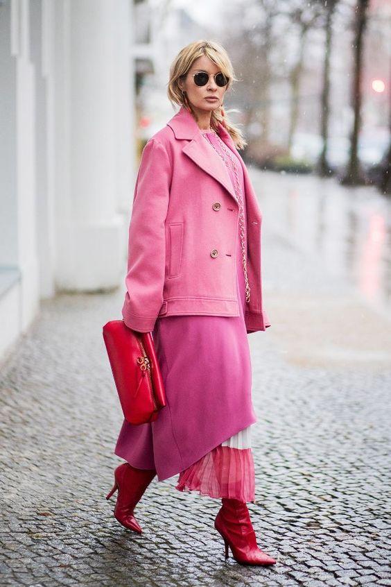 Даже различные оттенки розового оттенка приобретают новую жизнь, когда они накладываются друг на друга. Это было решено тогда - стиль улицы в Берлине - сильный игрок на мировой арене, и это город, в котором мы держим ...