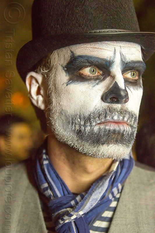 Dia de los Muertos Makeup for men.  Day of the Dead makeup for guys with beards. Sugar skull makeup for guys with beards. Day of the dead makeup male. Male sugar skull makeup. Day of the dead face paint male with beard. face paint ideas for guys with beards. Halloween makeup for guys with beards. Skull makeup with beard. Face paint over beard. Costumes for someone with a beard. face paint with beard.