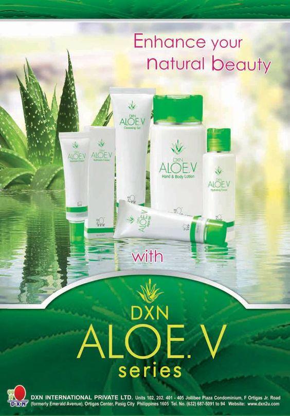 Biztos vagyok benne, hogy ismeritek az Aloe Verát, és gondolom van akinek az ablakában, kis cserépben megtalálható. Nekünk is van. A DXN kozmetikumaiban is megtalálható az Aloe Vera, mivel sok vitamint és ásványi anyagokat tartalmaz, így segíti a bőr regenerálódását, tisztító és hidratáló hatású. Aloe Veráról bővebben itt olvashatsz: http://marticafe.dxn.hu/blog