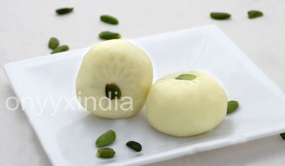 White Peda by Onyyx India  Its Most #TraditionalSweets of the India made from Milk.  Authentic Plain #NaturalPeda with a Creamy Texture, real Taste Of Milk and garnished with the Pistachio. Try it now and enjoy taste of the #IndianMithai at home.