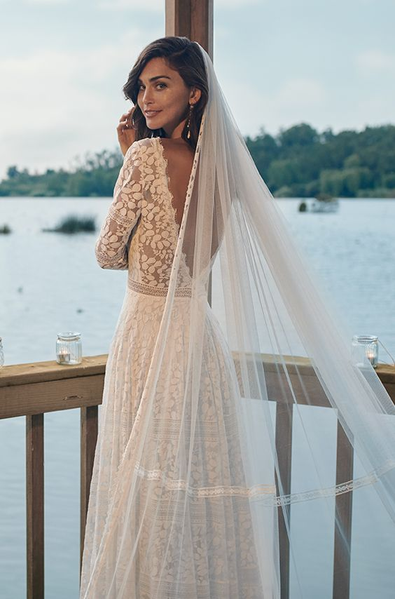 Frozen Wedding Gown Veil Beautiful Long Lace Dress With V