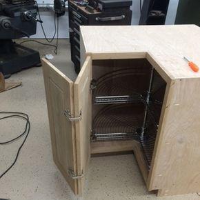 Salice Face Frame Self Closing Pie Corner Cabinet Hinge Kit En 2020 Muebles De Cocina Esquineros Hacer Muebles De Cocina Cajones Para Cocina