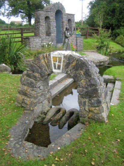 Irlanda, Nação Celta... Poço de Santa Brigida em Kildare