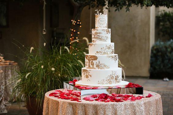 La Tavola Fine Linen Rental: New York Nude   Photography: KJ Photography, Venue: Serra Plaza, Planning: Five Star Weddings, Floral Design: Flowers by Cina, Rentals: Signature Party Rentals