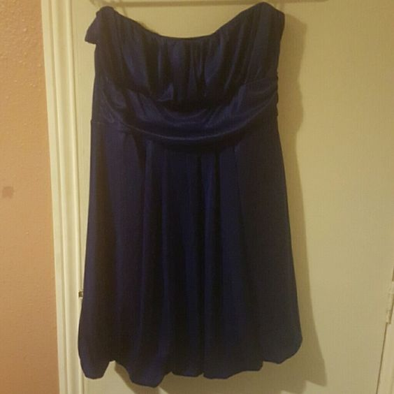 Dress Silky navy blue dress like new hardly wore. Dresses