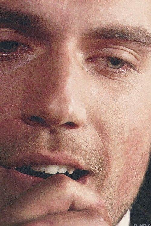 Those eyes!!! #HenryCavill