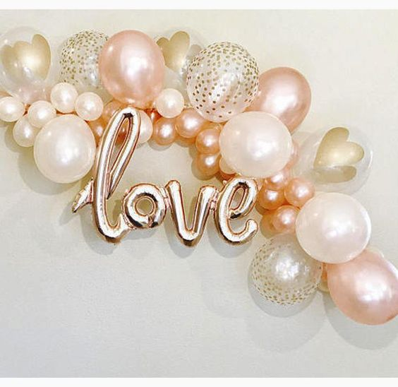 K'Mich Weddings - wedding planning - chrome balloons - gold, pink, confetti love balloons