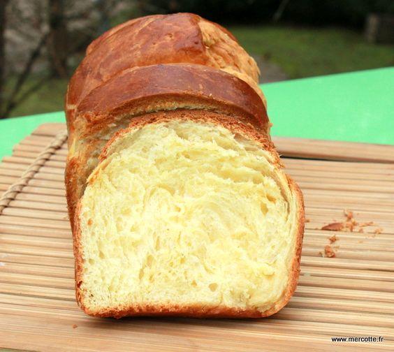La brioche Nanterre par Mercotte et plein de bons conseils pour réussir les pâtes levées.
