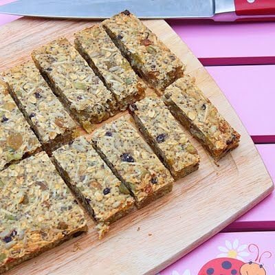 Dried fruit and seeds oat bars