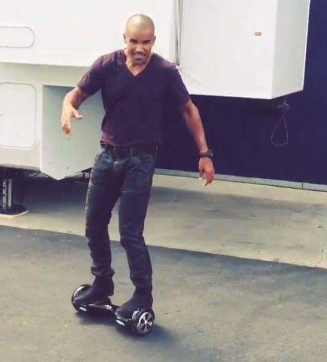 Shemar Moore on hoverboard Celebrities on hoverboards mega list 2016 best hoverboard brands