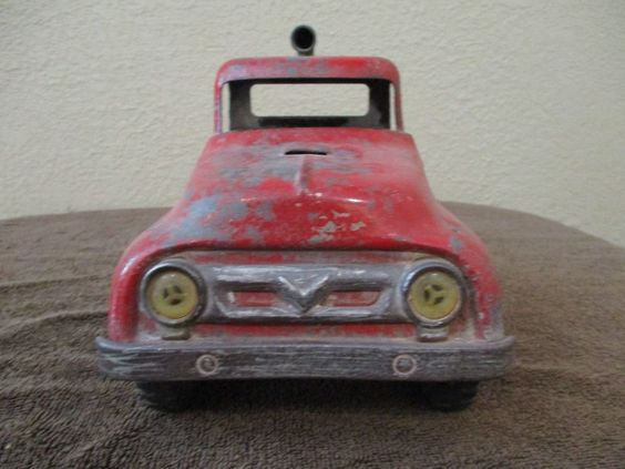 Tonka Round Fender 1957 Semi Tractor Cab Vintage Fire Truck Hook Ladder missing…