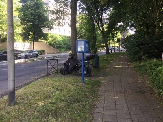 Boîte à livres / Boekenbox Ukkel