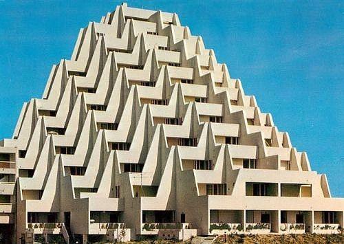 Hotel La Grande Motte France 1970 By Jean Balladur Follow Concepttalk And Neontalk La Grande Motte Futuristic Architecture Brutalist Architecture