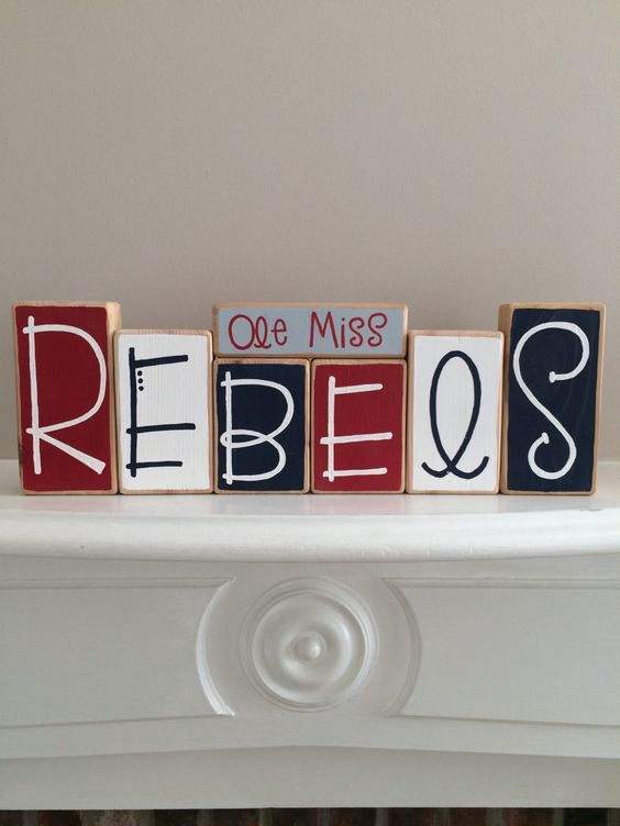 Ole Miss Rebels Decorative Blocks by RuchalskiRustic on Etsy
