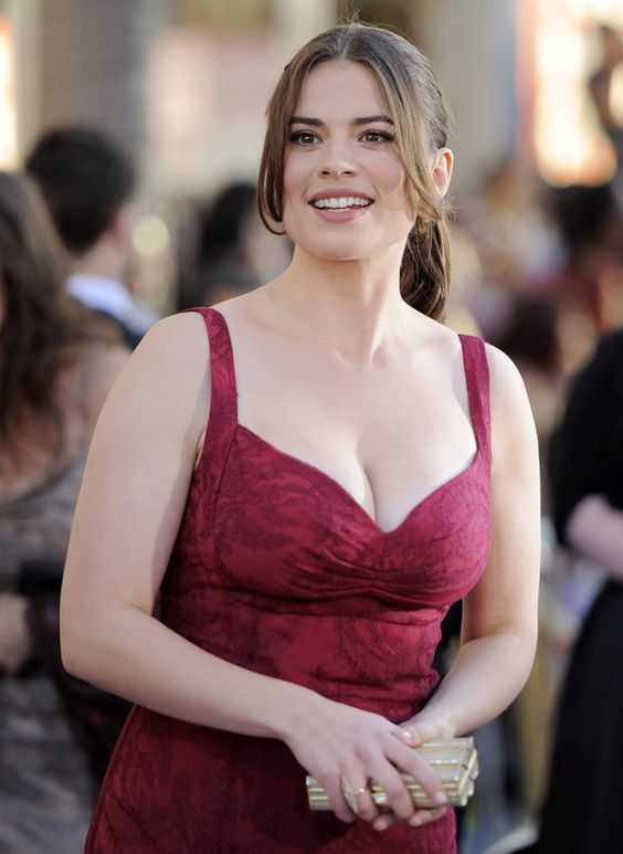 Animated Times Movies Comics And Tv Shows Hayley Atwell Hayley Elizabeth Atwell Hayley Atwell Bikini