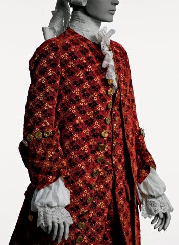 18th century fashion | Mid-18th-century French men's three-piece collarlesssuit made of ...