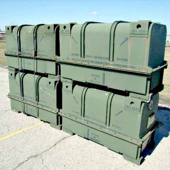 Metal shipping and storage containers available on for Metal shipping crate
