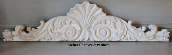 Decoration murale dessus de porte fronton patin ivoire d coration - Soubassement menuise ...