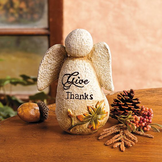 """Give Thanks"" Angel - TerrysVillage.com"