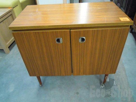 Vintage tv meubel tweedehands wroc awski informator for Tweedehands meubels webshop