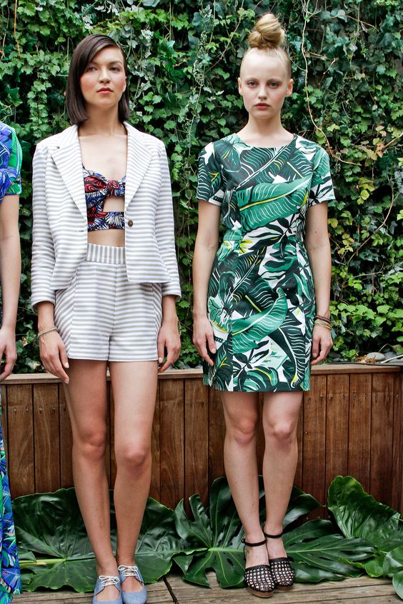 Whit tropical print dress