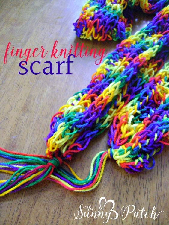 Finger Knitting Starting Knot : Finger knitting scarf pinterest free pattern knots