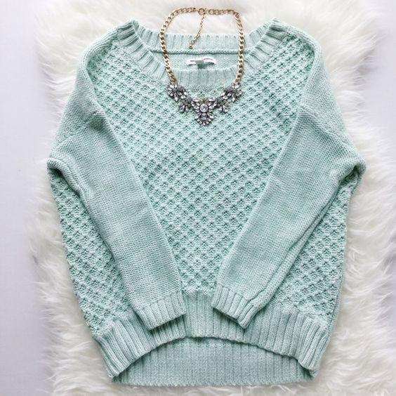 ⒶmericanⒺagleⓄutfitters Mint Sweater Like New. American Eagle Outfitters Sweaters Crew & Scoop Necks