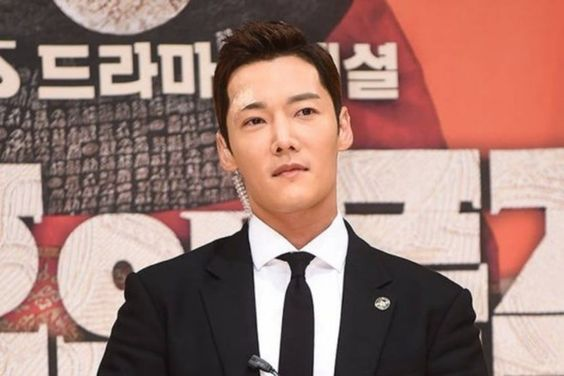 """Choi Jin Hyuk Unable To Appear In Final Episodes Of """"The Last Empress"""" Due To Schedule"""